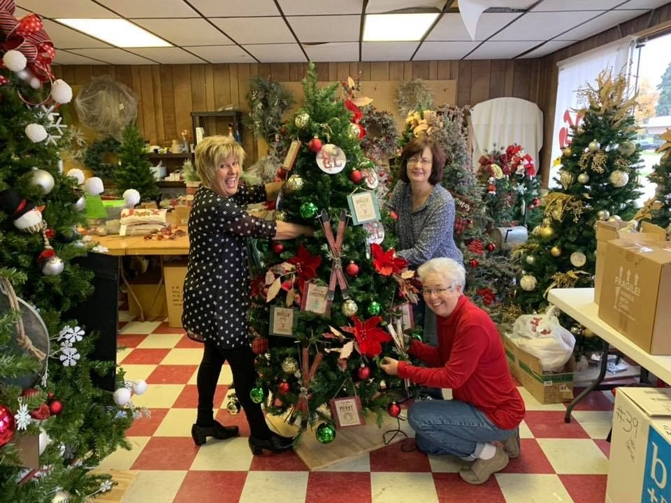 Warthers Christmas Tree Festival 2020 Christmas Tree Festival opens Saturday at Warther's :: Tusco TV