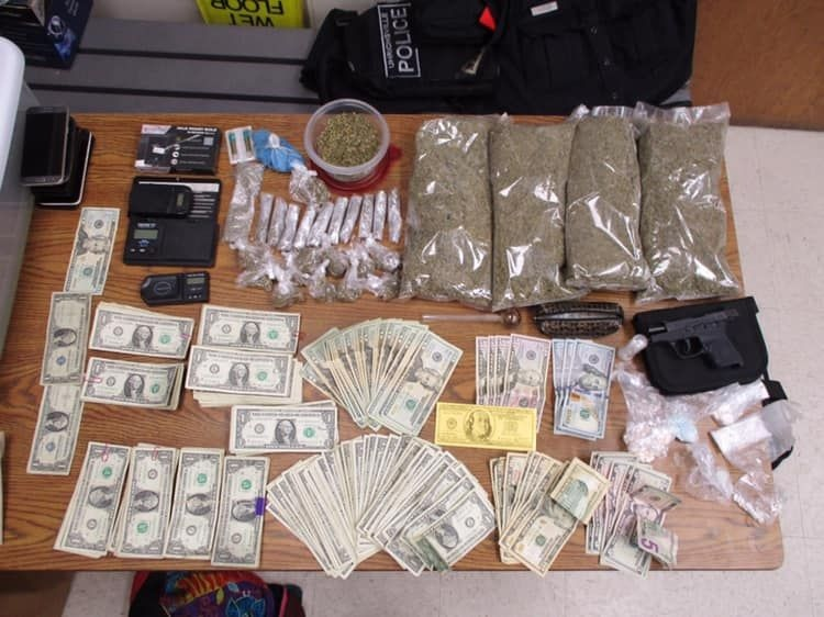 Two arrested in Twin City drug raid :: Tusco TV
